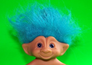troll-18240_1920.jpg